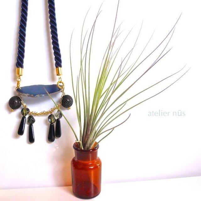 瑠璃メノウ ツイストロープ ネックレスの画像1枚目