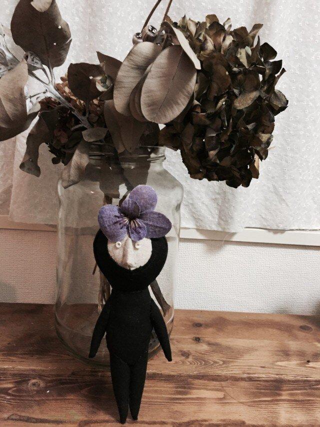 飾り人形 発表会の子供たち ビオラ バイオレットの画像1枚目