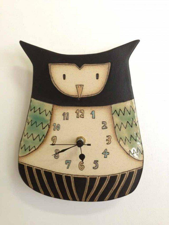 ふくろうの陶製時計の画像1枚目