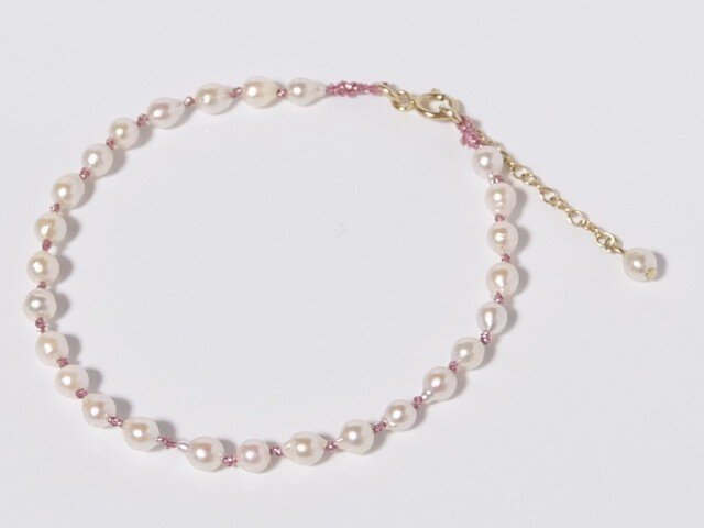 baby pearl bracelet×Pinkの画像1枚目