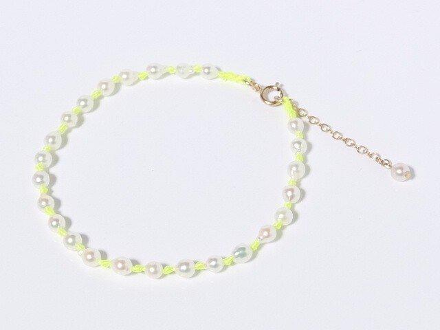 baby pearl bracelet×ネオンイエローの画像1枚目