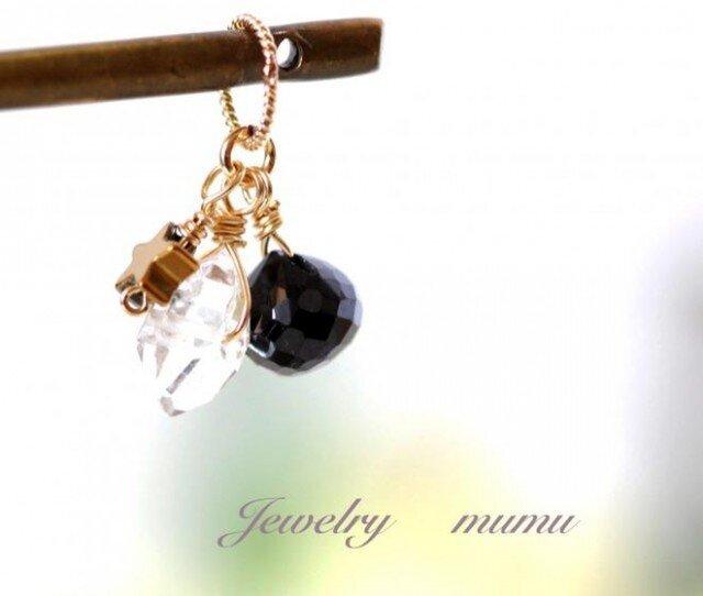 ハーキマーダイヤモンド+ブラックスピネルチャーム14KGFの画像1枚目