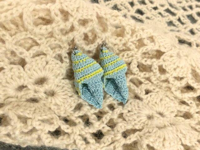 貝殻レースのピアス(水色・黄色)の画像1枚目