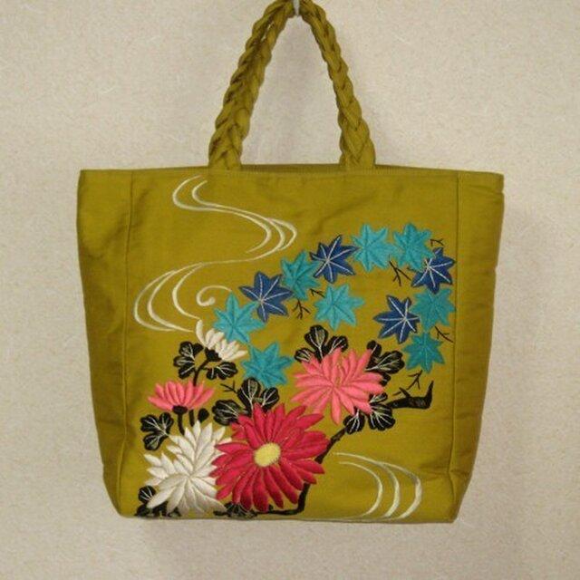 からし色の刺繍帯かばんの画像1枚目