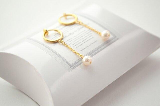 Pearl Hoop Earringsの画像1枚目