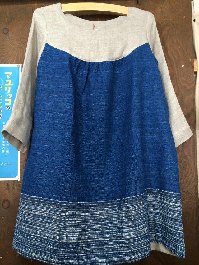 ラオス手紡ぎ藍染とリネンガーゼのプルオーバーの画像1枚目