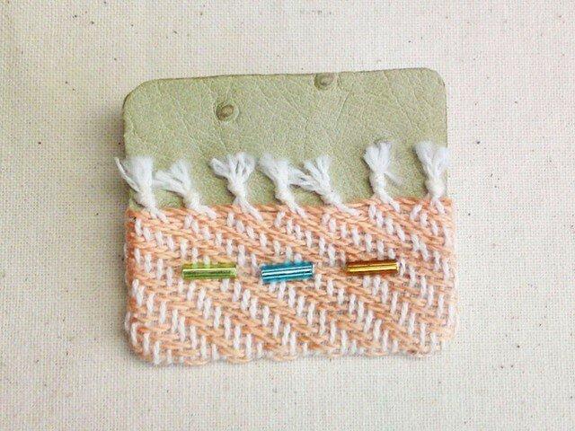 「Orange1」手織り布・革 ブローチの画像1枚目