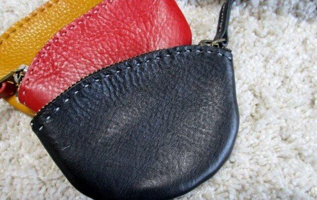 イタリアンレザーのファスナー小銭入れ黒の画像1枚目