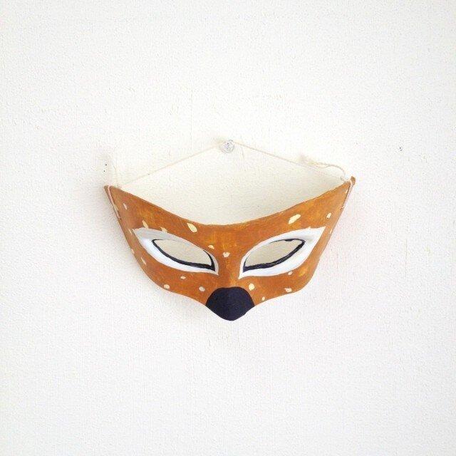 鹿のマスクの画像1枚目