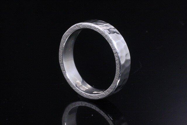 指輪 メンズ : 丸鎚目リング 4~27号の画像1枚目