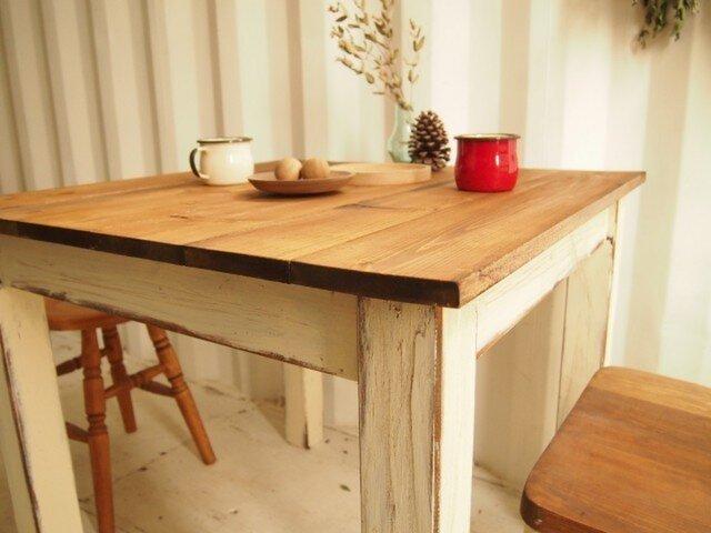 カフェテーブル【800×800】(ダーク×ホワイト シャビー)の画像1枚目