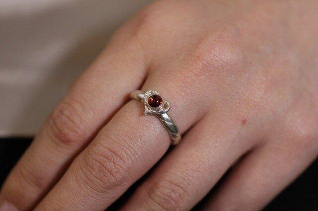 指輪 レディース : 岩石ハートツイストリング 石付 4~27号の画像1枚目
