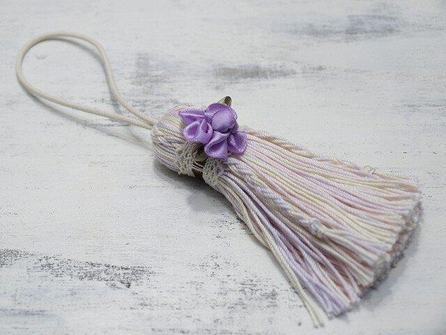【再販】❁お花タッセル❁ 【アン・ローズ】バラのつまみ細工&編みこみ 帯飾り・キーホルダー・バッグチャーム ピンクの画像1枚目