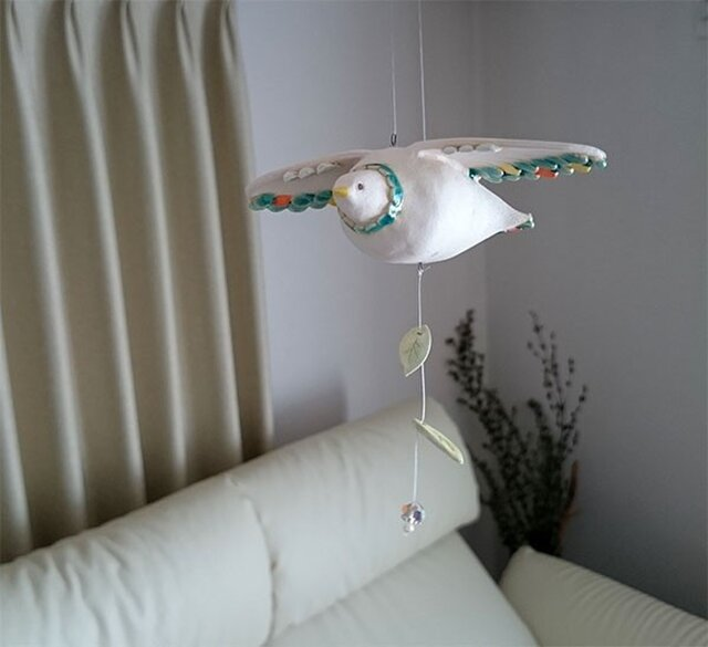 陶の鳥(吊るす飾り)-Cの画像1枚目