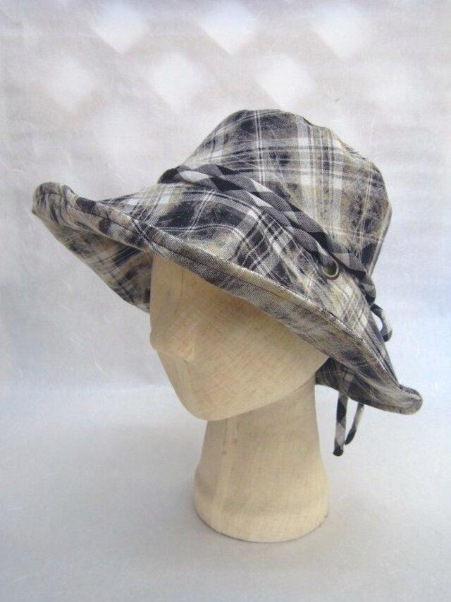 日よけの大きな帽子=7=の画像1枚目