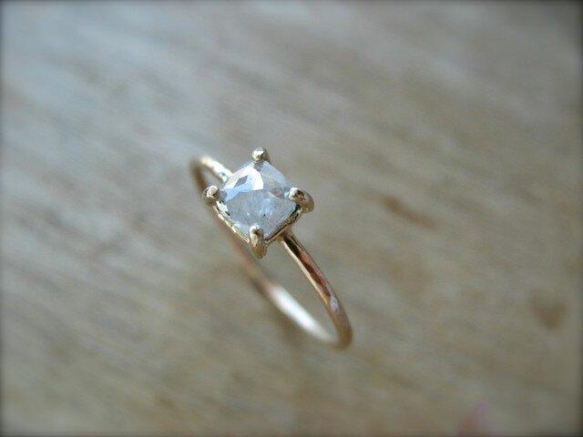 White Diamond Prong Ring Squareの画像1枚目