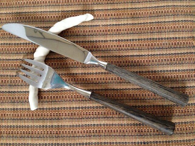 ねじりナイフ&フォーク置き(2個セット)の画像1枚目