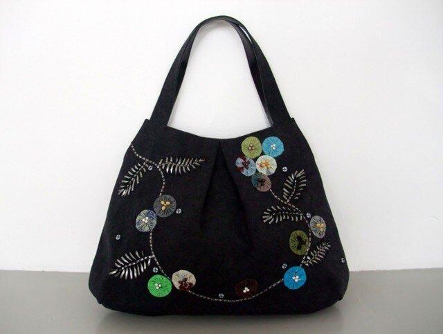 yo-yo-flower   和布とビジューのお花 トートバッグの画像1枚目