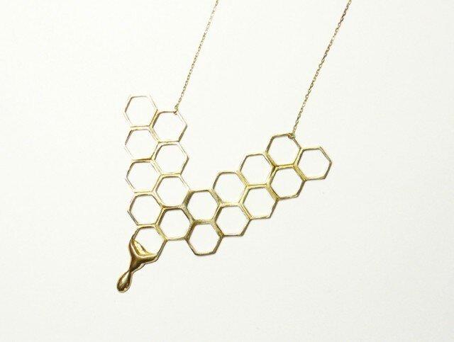 蜂蜜とろり 蜂の巣ネックレスの画像1枚目