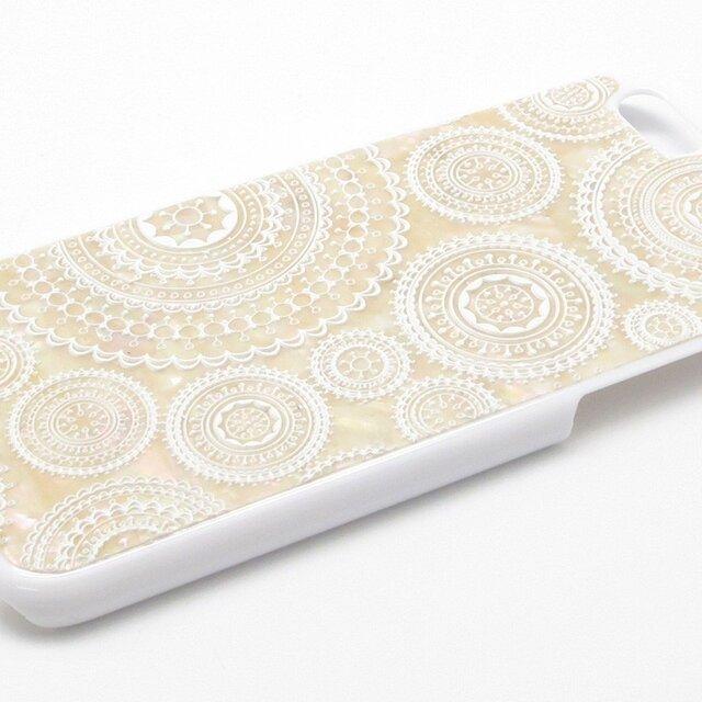 iPhone7/6/6sケース 天然貝仕様(ホワイトレース・白カバー)<螺鈿アート>の画像1枚目