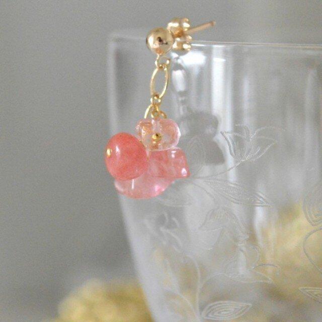 Cherry Quartz Earringsの画像1枚目