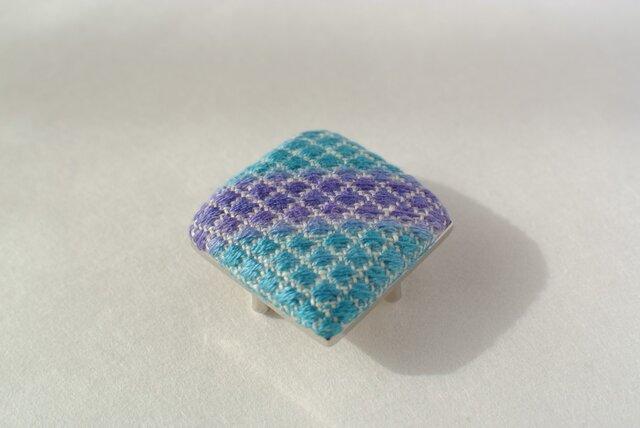 再販*こぎん刺し 帯留め ブルーの画像1枚目