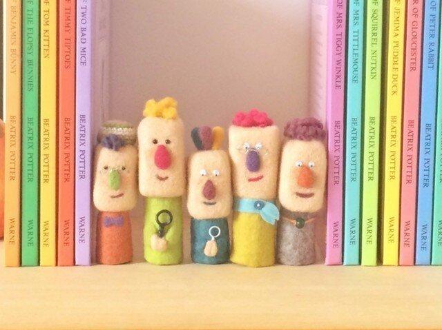 Puppe-land 本棚の住人の画像1枚目