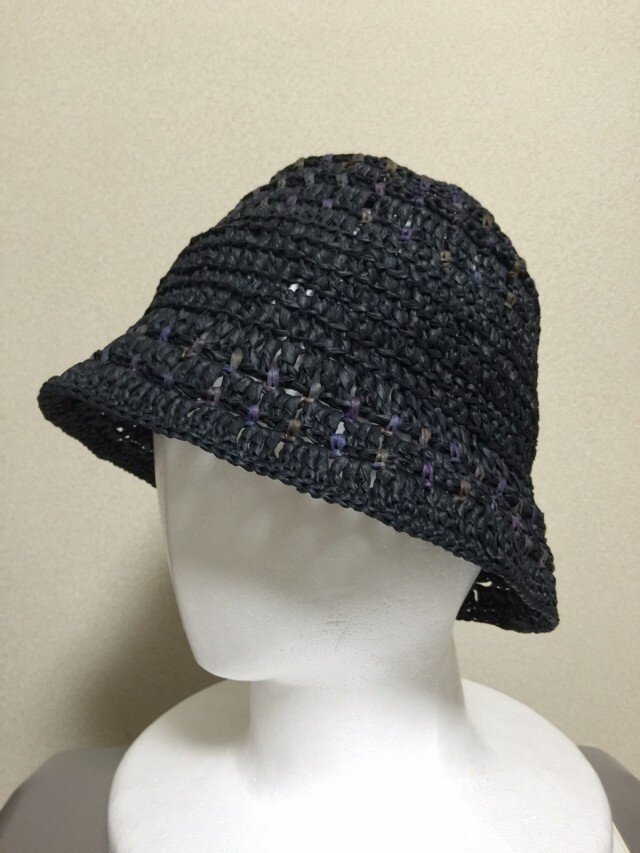 黒の紙の帽子の画像1枚目