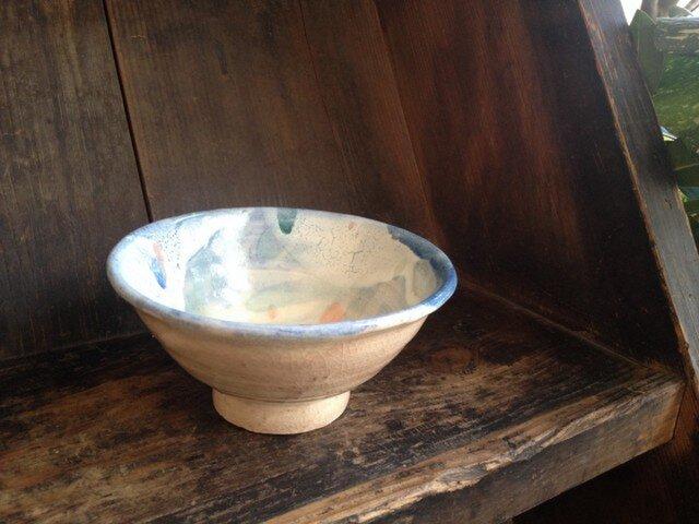 オリーブの葉っぱ柄 色茶碗の画像1枚目