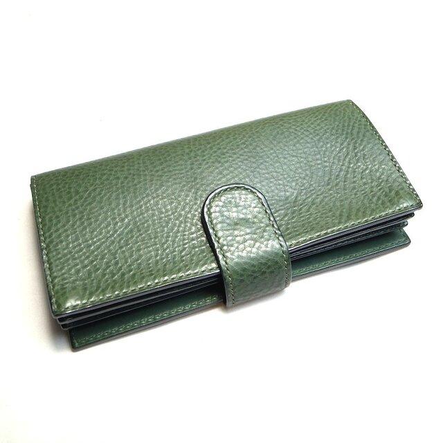 ボタンポケットのゆったり長財布(カラー:Green)の画像1枚目