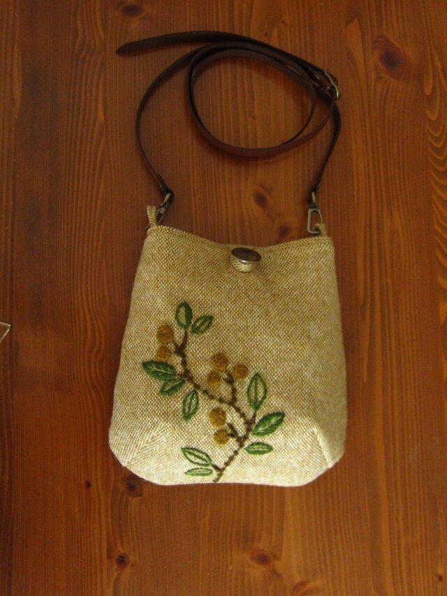 再販・手刺繍・ウール・ポシェット(オリーブB)の画像1枚目