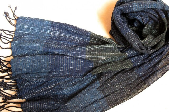 *b様ご予約品*残り糸をつかった藍の手織りストールの画像1枚目