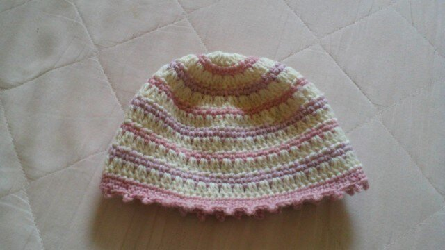 ピンクと紫と白のボーダーニット帽*子供用*の画像1枚目