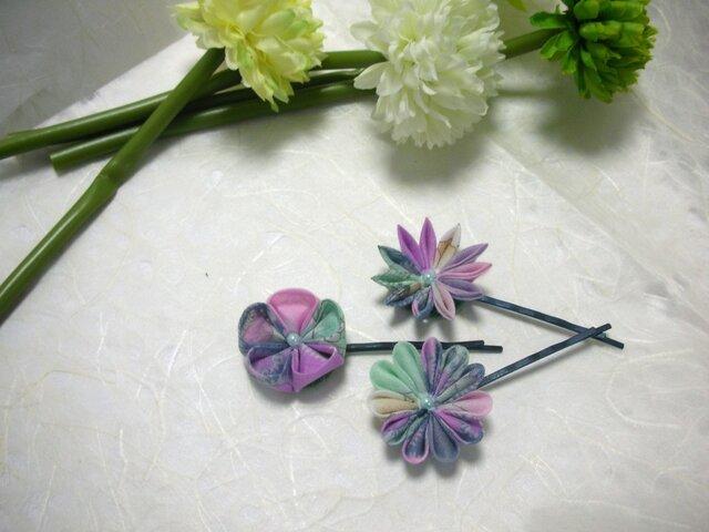 【つまみ細工】ヘアピン purple & greenの画像1枚目
