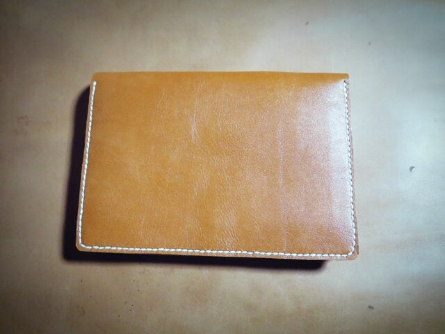 将来、我が子へ贈る。革製母子手帳ケース(オレンジキャメル)の画像1枚目