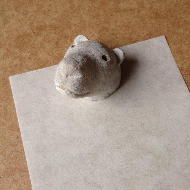kuby:シロクマのペーパーウエイトの画像1枚目