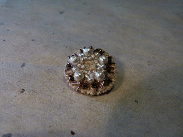 ブローチ*cotton pearl+の画像1枚目