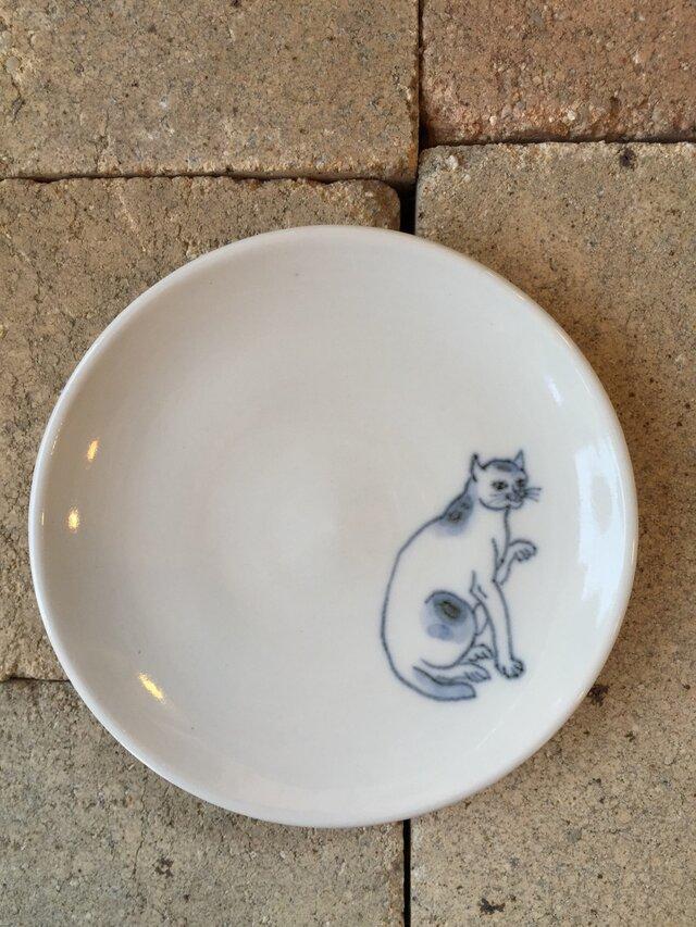 染付4寸猫皿 31の画像1枚目