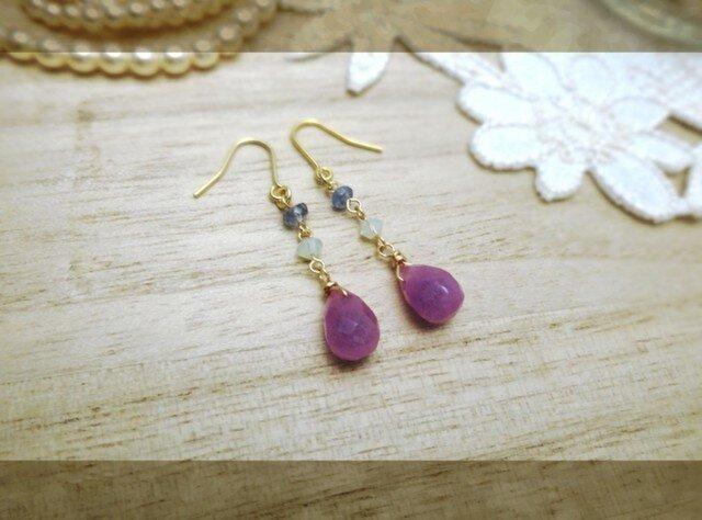 ◆再販 紫色のピアスaの画像1枚目