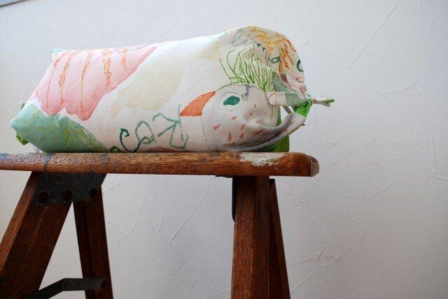 調整枕(鳥と花 G)の画像1枚目