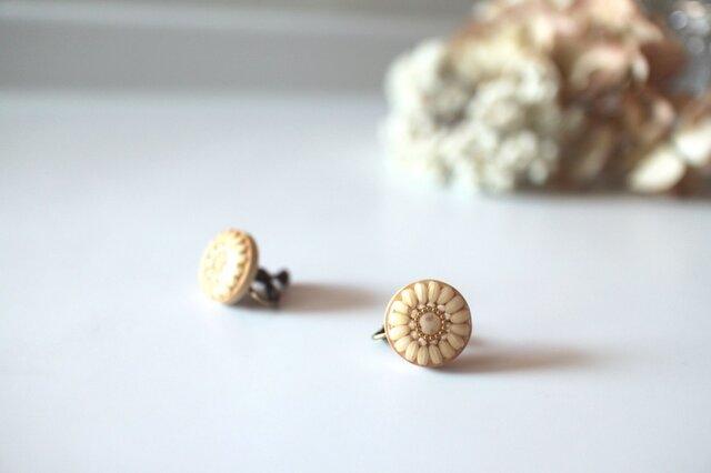 木と白米のイヤリング (ピアス)の画像1枚目