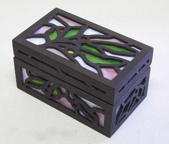 ◆ハンドメイドで作った木とステンドグラスの宝石箱T◆の画像1枚目