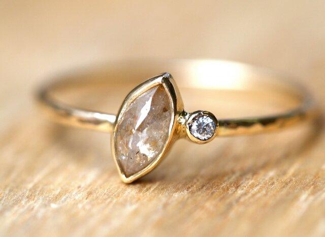 Baby Diamond Satellite Ring ベージュの画像1枚目