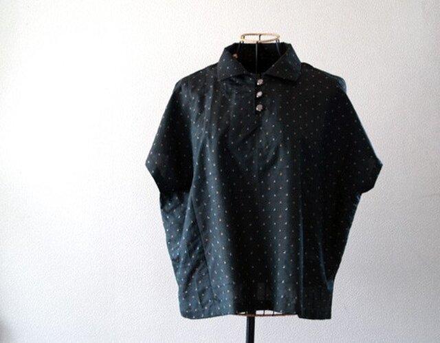 着物リメイク:銘仙のさらり夏ブラウスブラウスの画像1枚目