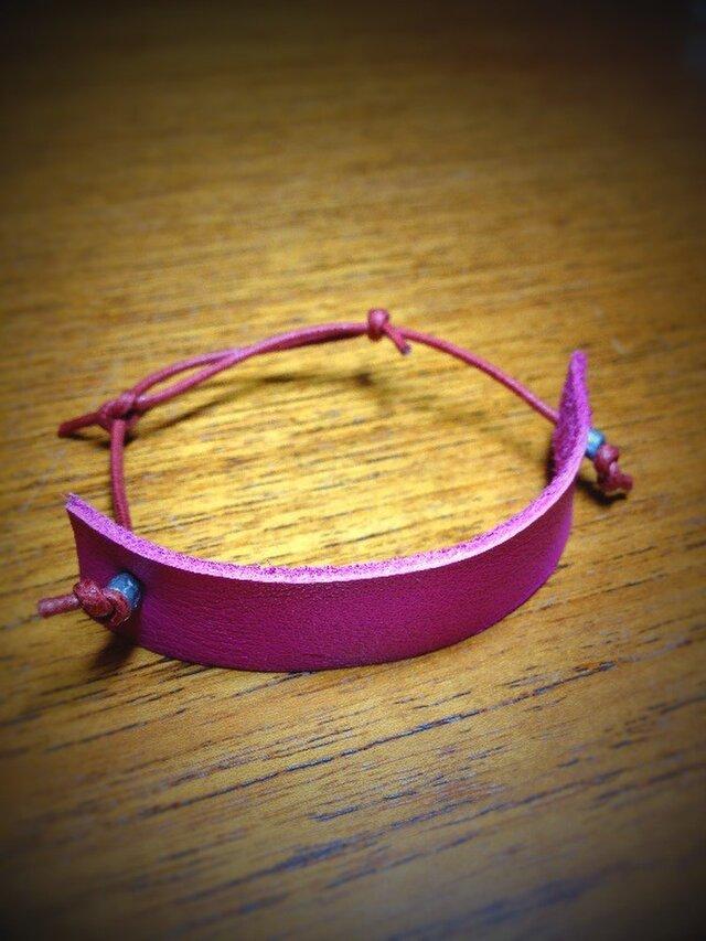 本革ブレスレット(ピンク革)の画像1枚目