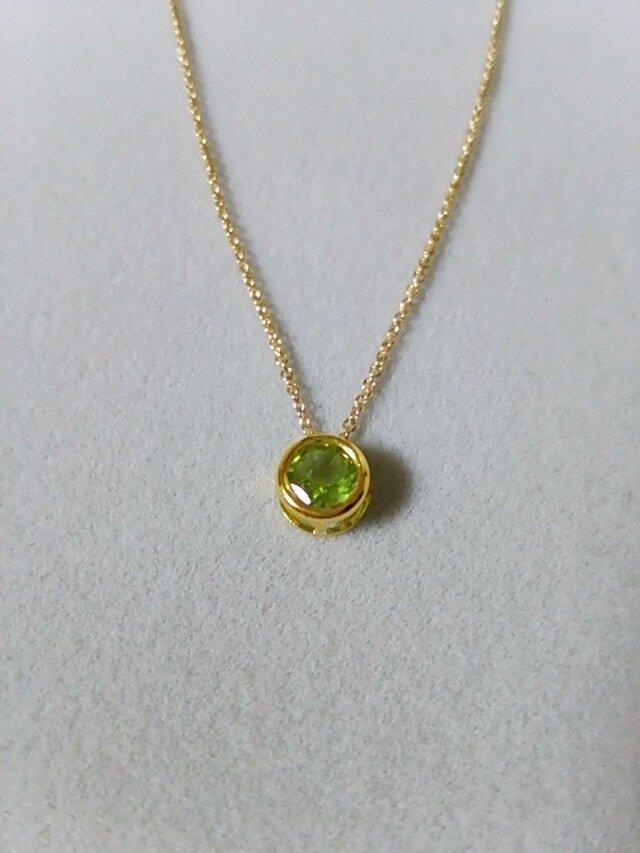 宝石質ペリドットの一粒ネックレス(6ミリ)の画像1枚目