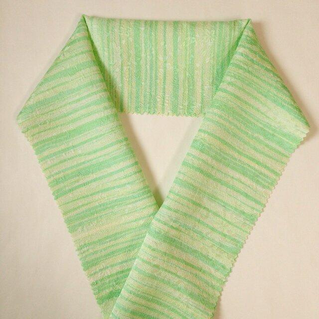 蝋しけ引き絹半衿(淡緑系)の画像1枚目
