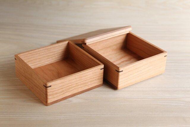 [受注制作]桜の木のお弁当箱 正方形 2段の画像1枚目