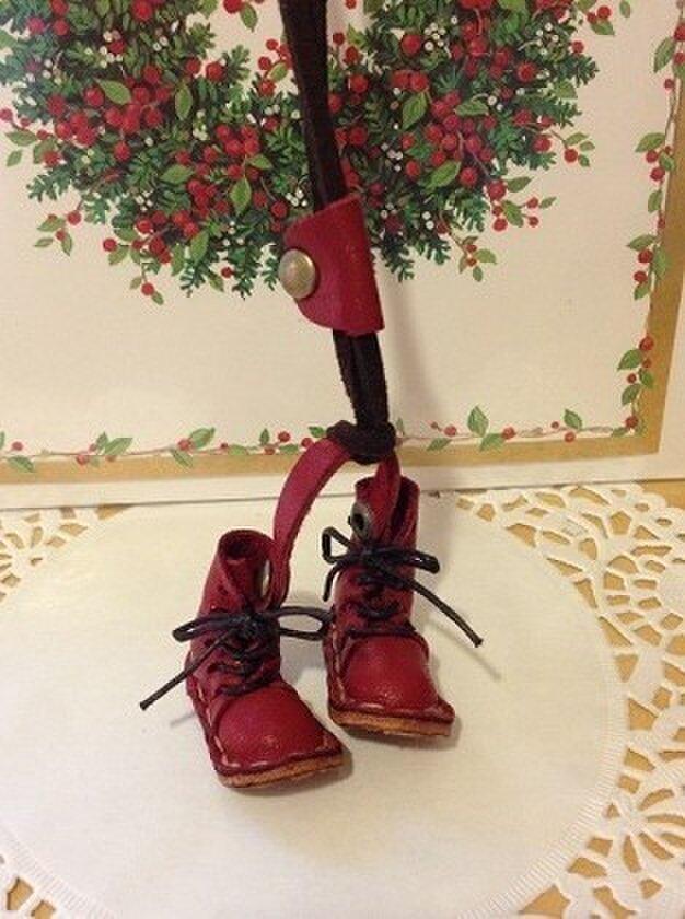 革★こびとのブーツ(赤1)★チョーカーの画像1枚目