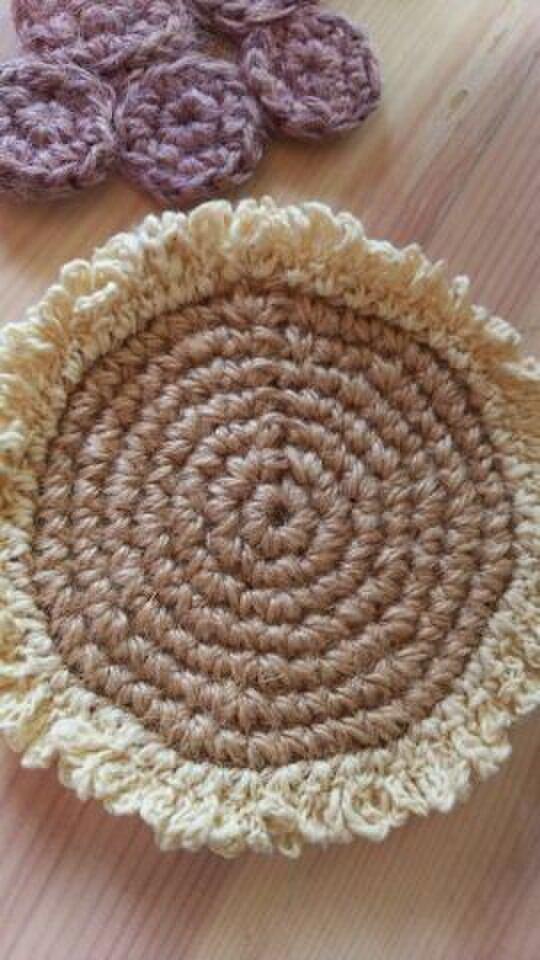 手編み*草木染め*ひまわりのコースターの画像1枚目